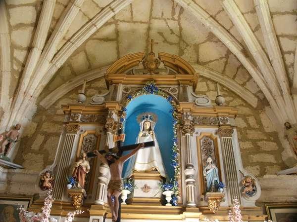 Imagen de la patrona, en el interior de la ermita que se encuentra en el despoblado de Sotobrín.