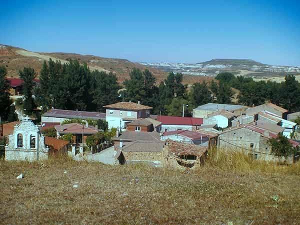 Panorámica de Melgosa de Burgos, vista desde el cerro en el que se encuentra la primitiva iglesia.