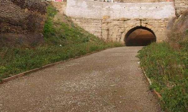 El puente de San Ciprián, uno de los puentes conservados de esta Vía Romana a su paso por Cerezo de Río Tirón. <br>Fuente: El correo de Burgos.